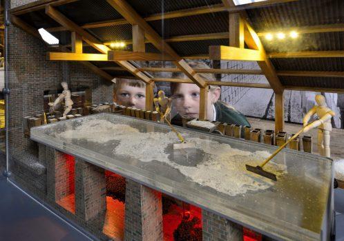 Lion Salt Works, Marston - Children looking at model of salt pan