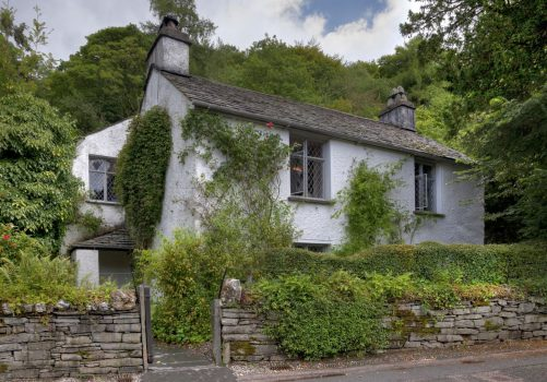 Rabbie's Tours Manchester - Wordsworth Dove Cottage, Lake District