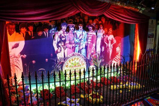 Sgt Pepper's Set © The Beatles Story